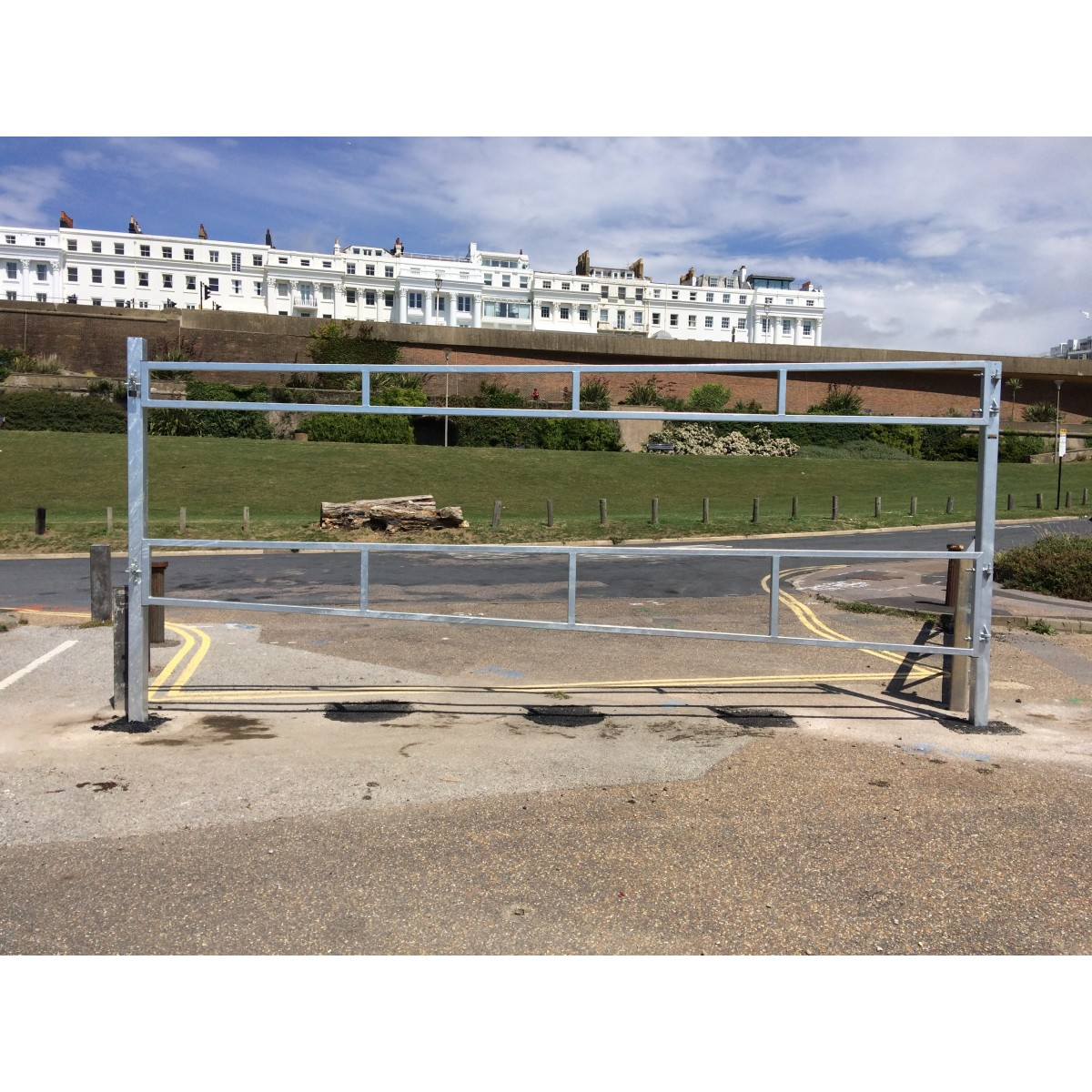 SB.23 Single Leaf Height Restrictor and Access Gate