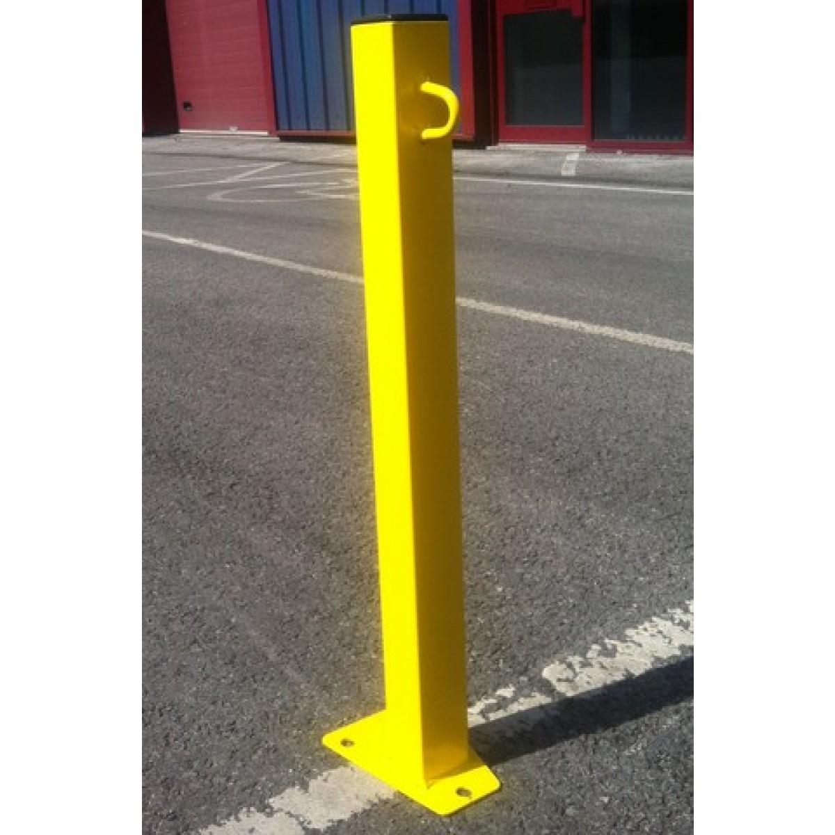 SB.28 Hi Visibility Parking Post