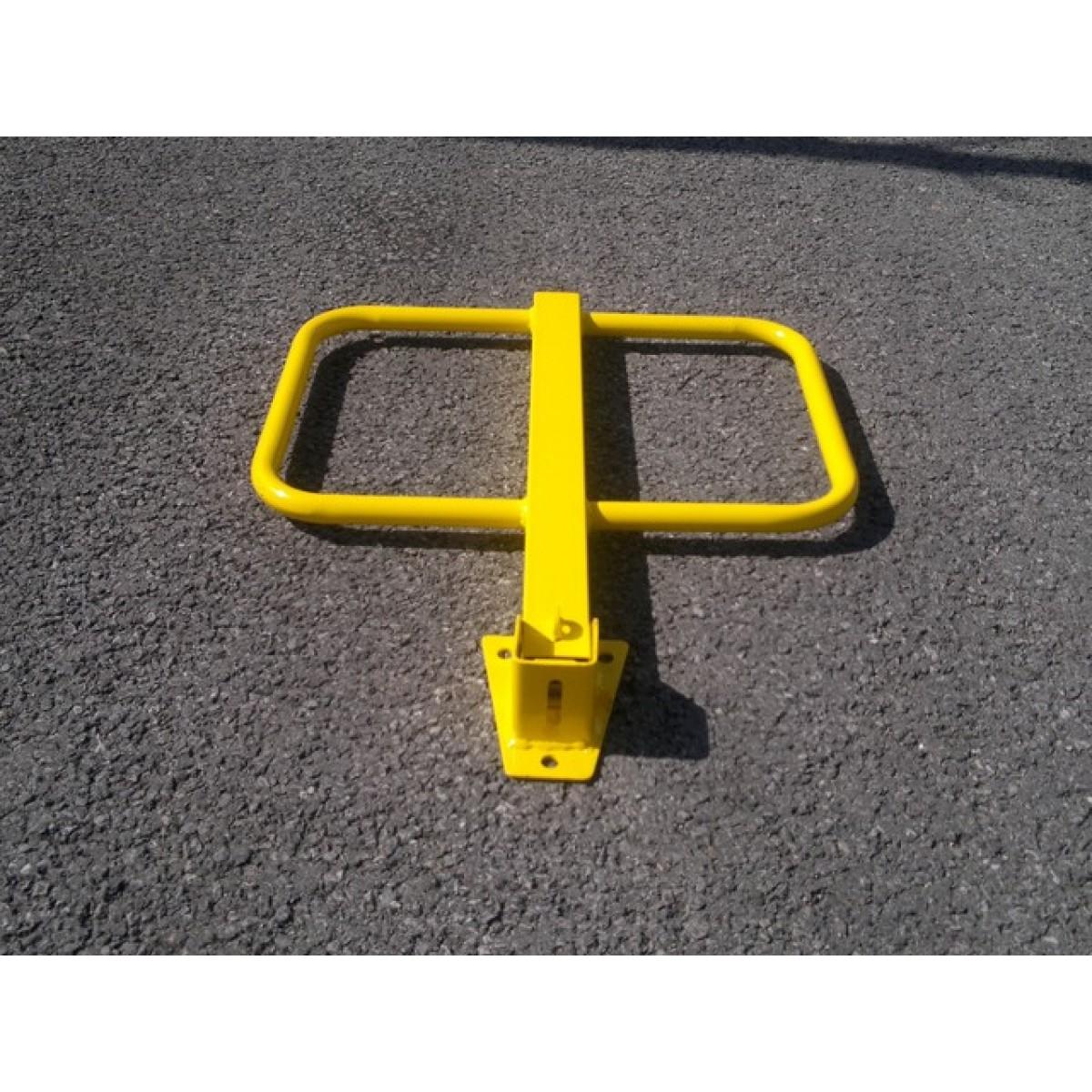 Winged Padlock Parking Post - Yellow